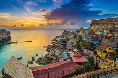 VIP-matka neljälle hengelle tarjolla Bethardilla - Lähde Maltan aurinkoon nauttimaan!